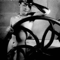 Veiled erotic Meret Oppenheim 1933